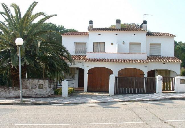 MONTGO PARK - 6 PAX for 6 guests in L Escala, Spanien