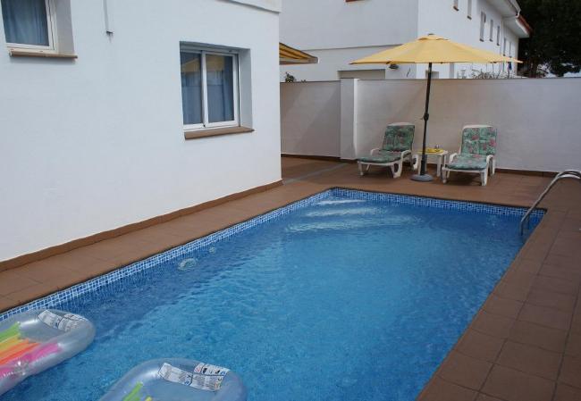 LA MIMOSA - 6/8 for 8 guests in L Escala, Spanien